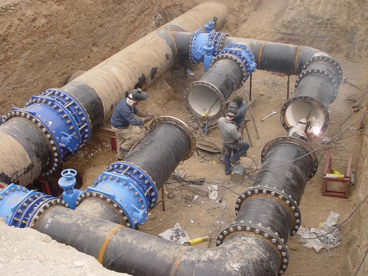 عملیات سه راه گیری تصفیه خانه آب شماره 2 کرج از خط انتقال سد طالقان - سال 1392